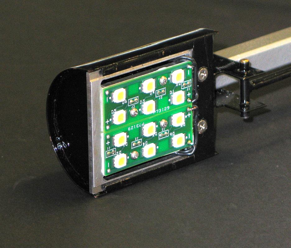 COB Arrays are the New Halogen Lamp | Lumenique - Inside