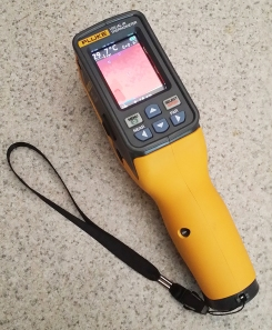 The Fluke VT04 is a visual thermometer with added features that make it a solid IR temperature meter in a wide range of applications, at a very low price.