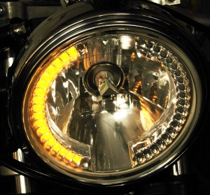 The headlamp incorporates LEDs for turn indicators as well, within the lamp itself.